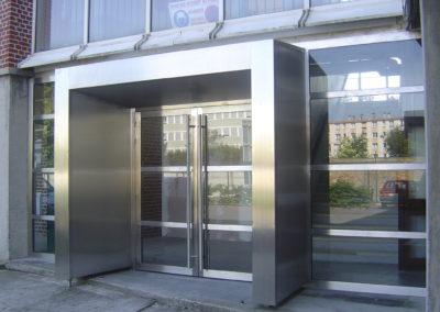 Accueil d'un bâtiment public à Lille